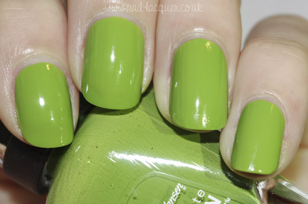 20130519-sally hansen grass slipper (1)