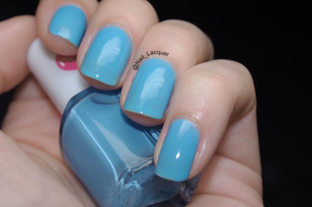 MUA Bold Blue Swatch (6)