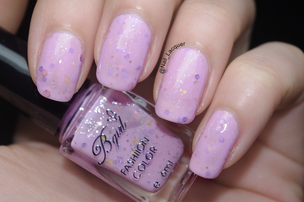 born-pretty-store-bgirl-sparkle-yogurt-milky-glitter-polish-review (5)