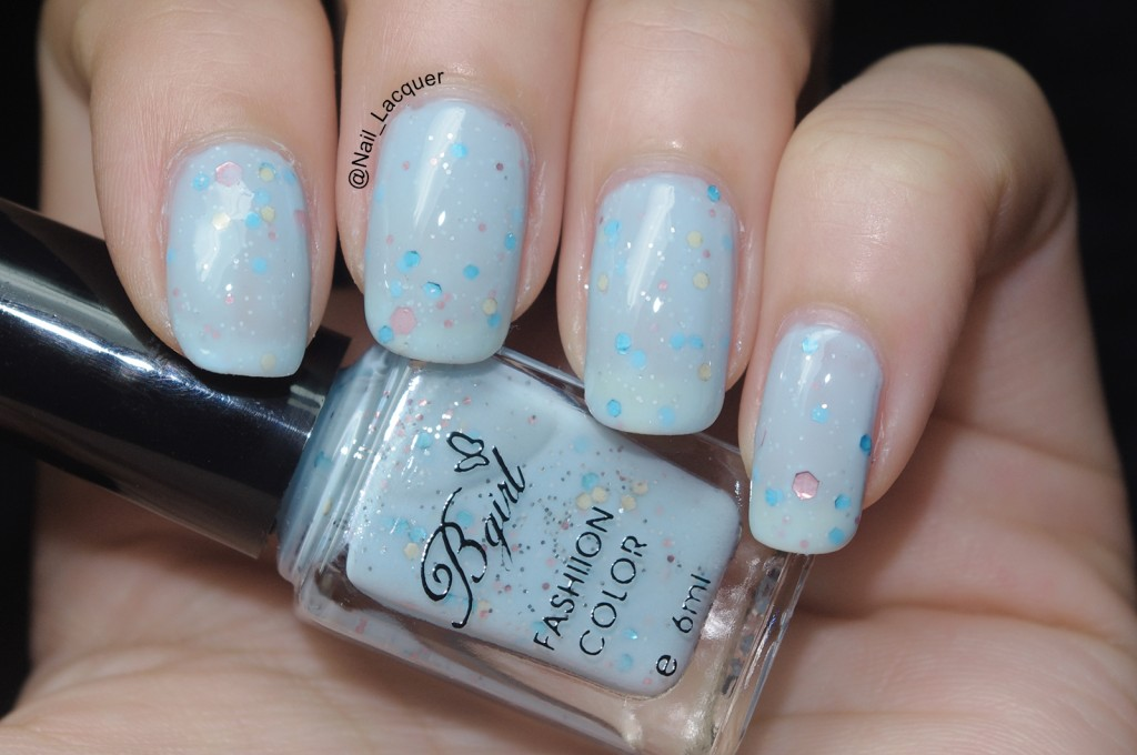 born-pretty-store-bgirl-sparkle-yogurt-milky-glitter-polish-review (8)