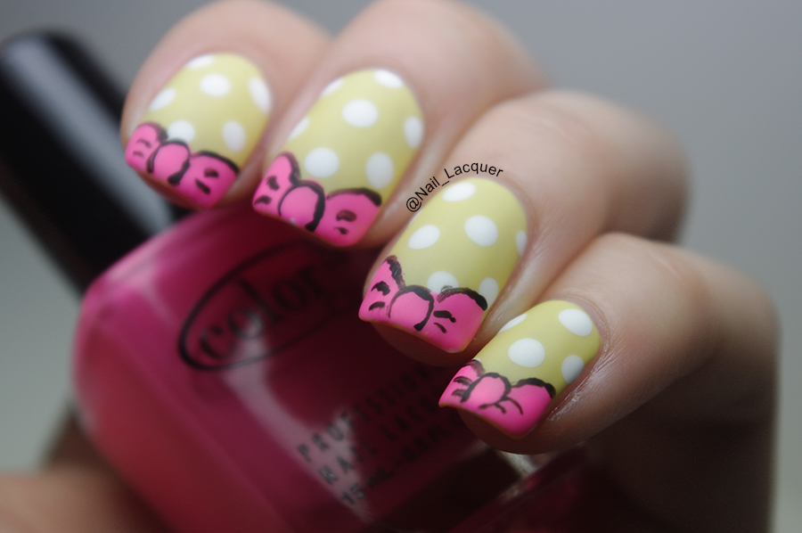 Daisy-duck-nail-art (4)