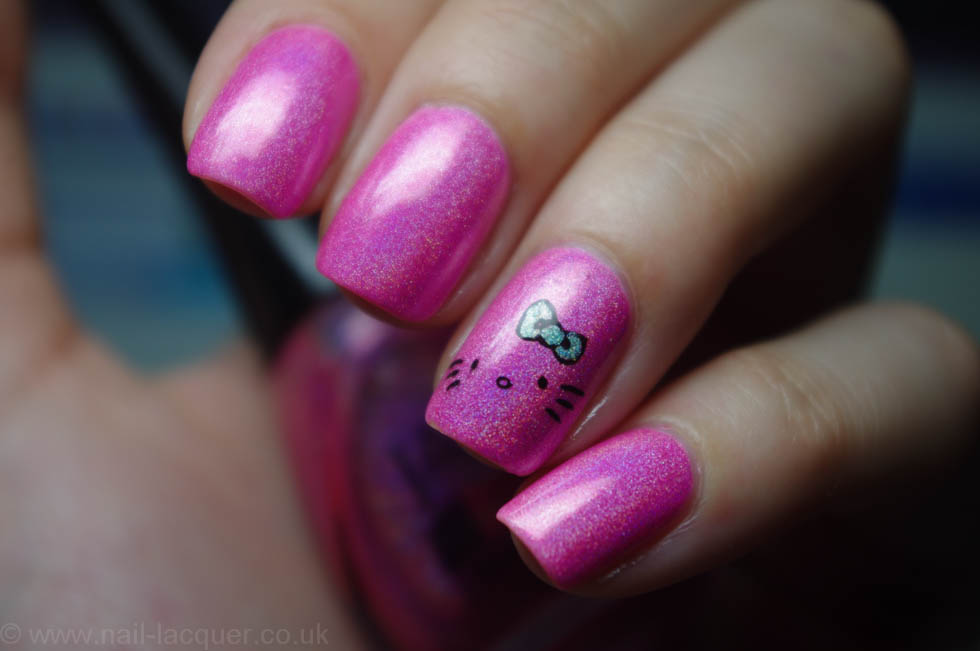 Hello-kitty-nails (3)
