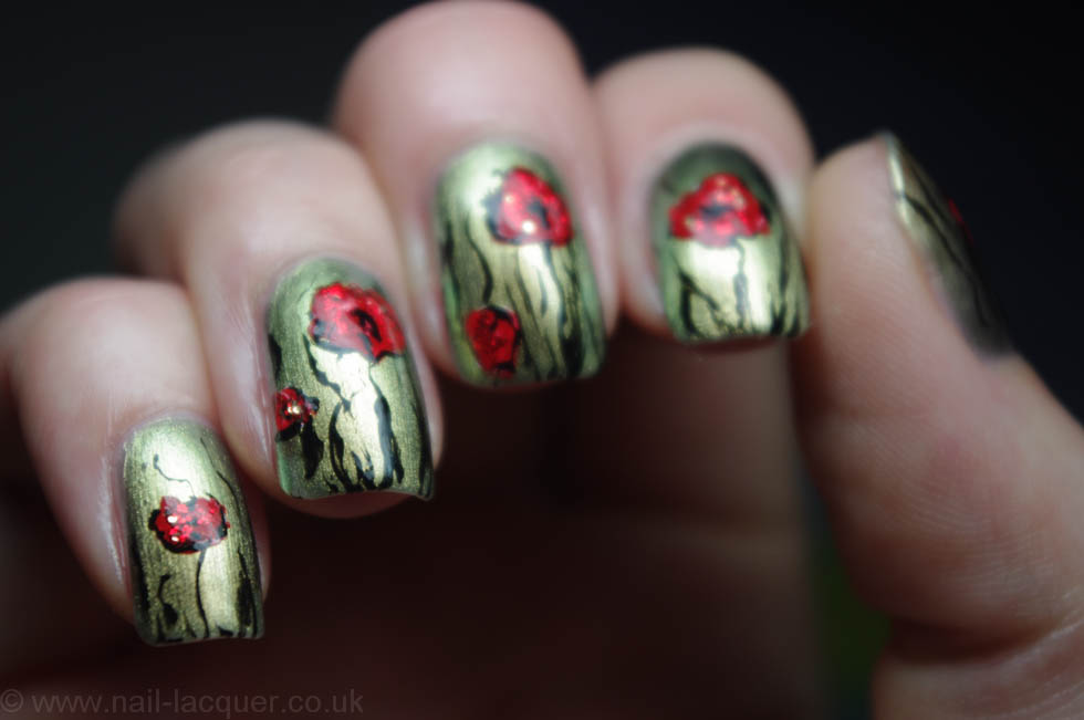 remembrance poppy nail art (8)