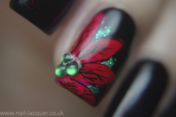 20131206-Poinsettia-nail-art (6)