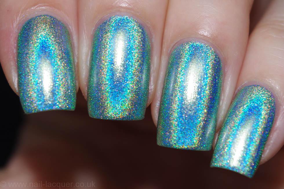christmas-presents-nail-art (2)