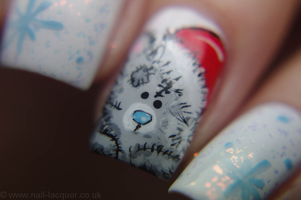 me-to-you-christmas-nail-art (6)