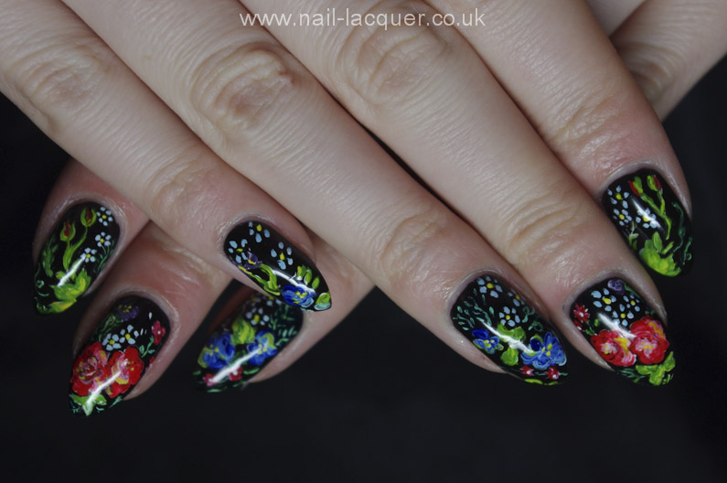 Russian-flowers-nail-art (11)