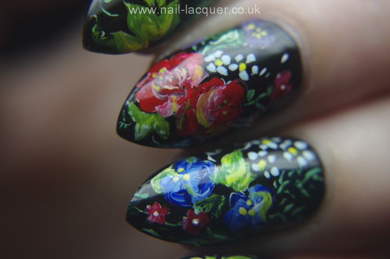 Russian-flowers-nail-art (16)