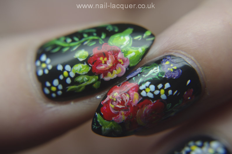Russian-flowers-nail-art (17)