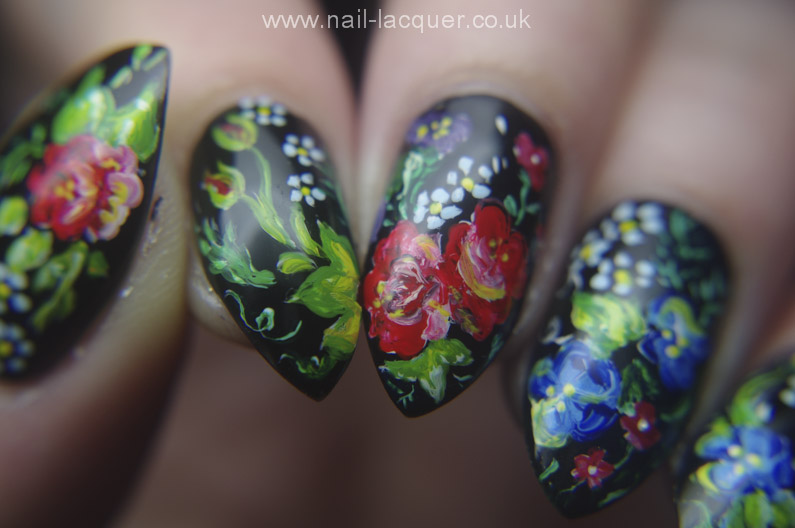 Russian-flowers-nail-art (9)