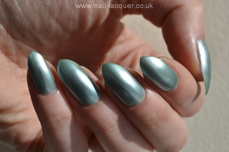 DelSol-colour-change-nail-polish-review (3)