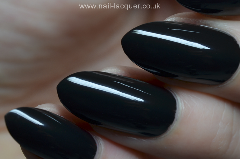 GlamLac-black-swatches (10)